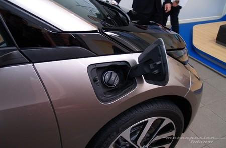 BMW i3 Madrid tapa gasolina
