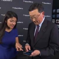 El primer BlackBerry con Android es mostrado por el CEO de la compañía en una entrevista muy extraña