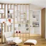 Puertas abiertas: luminosa vivienda en Barcelona con núcleo central esculpido