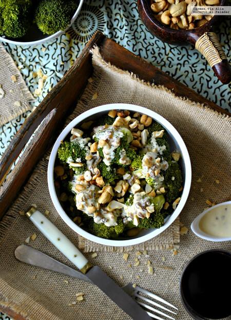 Brócoli al vapor con aliño de tahini al vapor