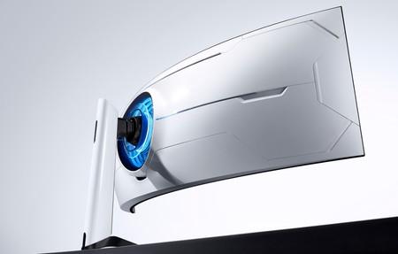 """Samsung presenta su primer monitor Odyssey: 49 pulgadas, 240 Hz y una espectacular curvatura 1000R para """"envolvernos"""" en él"""