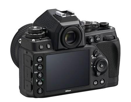 Nikon Df - Vista posterior