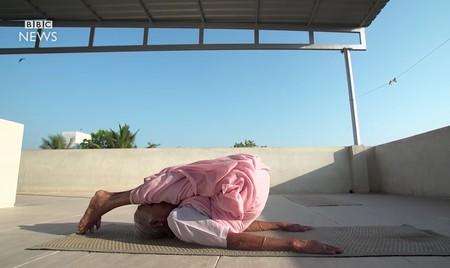 Nanammal sigue practicando y enseñando Yoga a sus 98 años: una visión del Yoga tradicional y minimalista