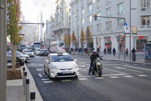 Las motos sí pueden circular por Madrid Central de 22:00 a 07:00 horas, pero siempre aparcando en garaje