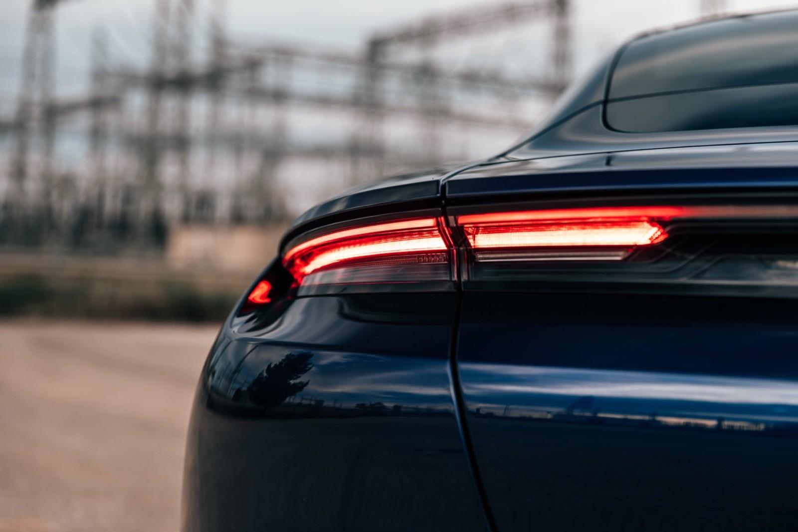 Foto de Porsche Taycan Turbo S (prueba) (29/31)