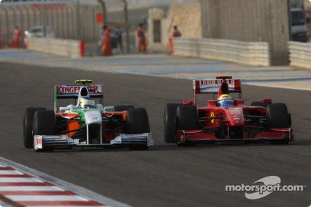 Ferrari y Kimi Raikkonen consiguen sus primeros puntos en Bahrein