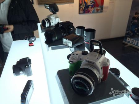 Pentax retoma su estrategia en México y anuncia una nueva alineación de cámaras