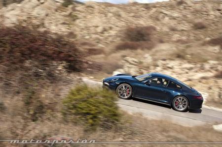 Porsche 911 Carrera 4S carretera