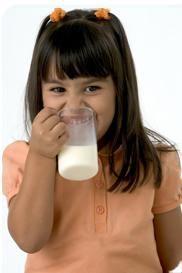 Leches vegetales: alternativas a la leche de vaca en niños alérgicos a la proteína láctea