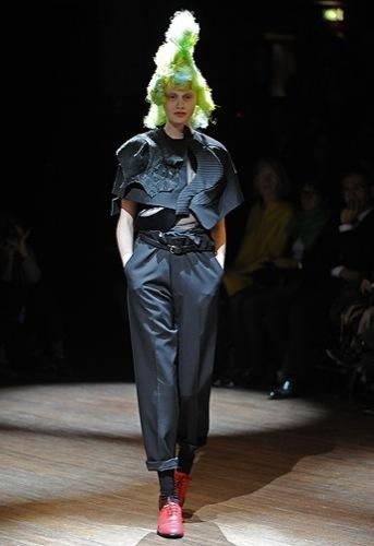 Comme des Garçons, Primavera-Verano 2010 en la Semana de la Moda de París III