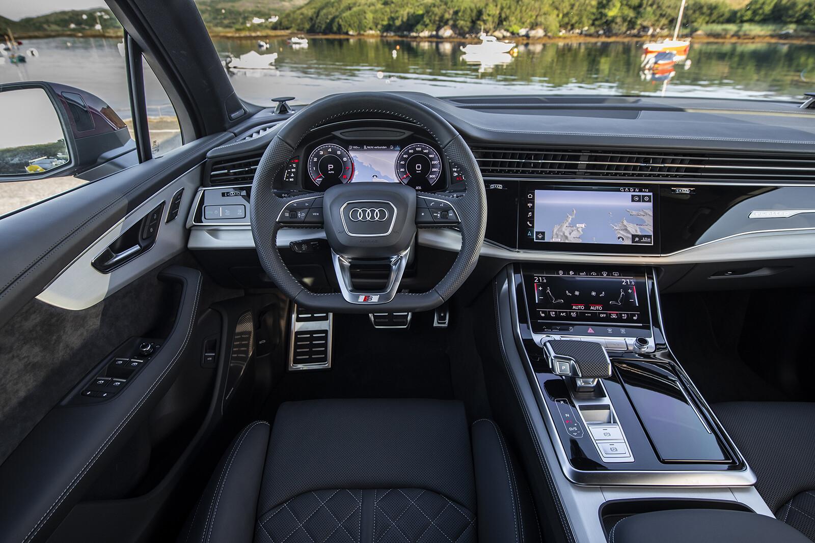 Foto de Audi Q7 2021 (28/30)
