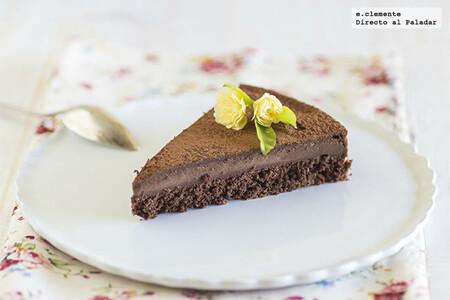 Tarta mágica de chocolate: receta de postre para lucirte con tres capas diferentes