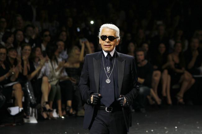 Foto de Todas las imágenes de Chanel Alta Costura Otoño-Invierno 2011/2012 (2/22)