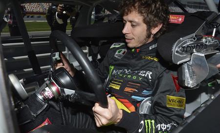 Valentino Rossi prueba un Toyota de NASCAR