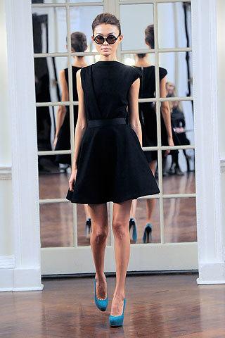 Foto de Victoria Beckham, Otoño-Invierno 2010/2011 en la Semana de la Moda de Nueva York (10/14)