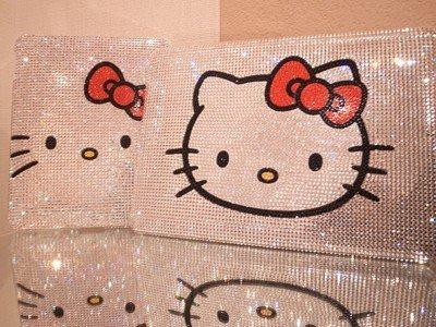 La funda del iPad más hortera: Swarovski y Hello Kitty