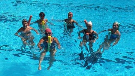 Aquagym, gimnasia entretenida dentro del agua