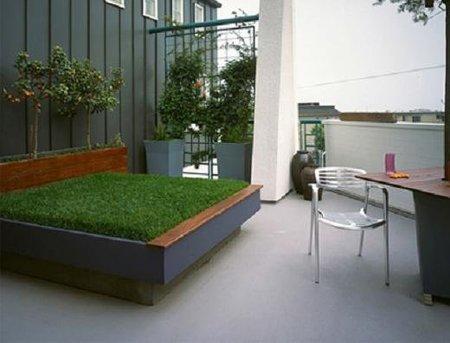 Una cama de césped para la terraza