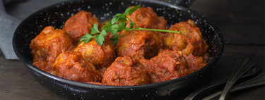 Receta de albóndigas en salsa de tomate