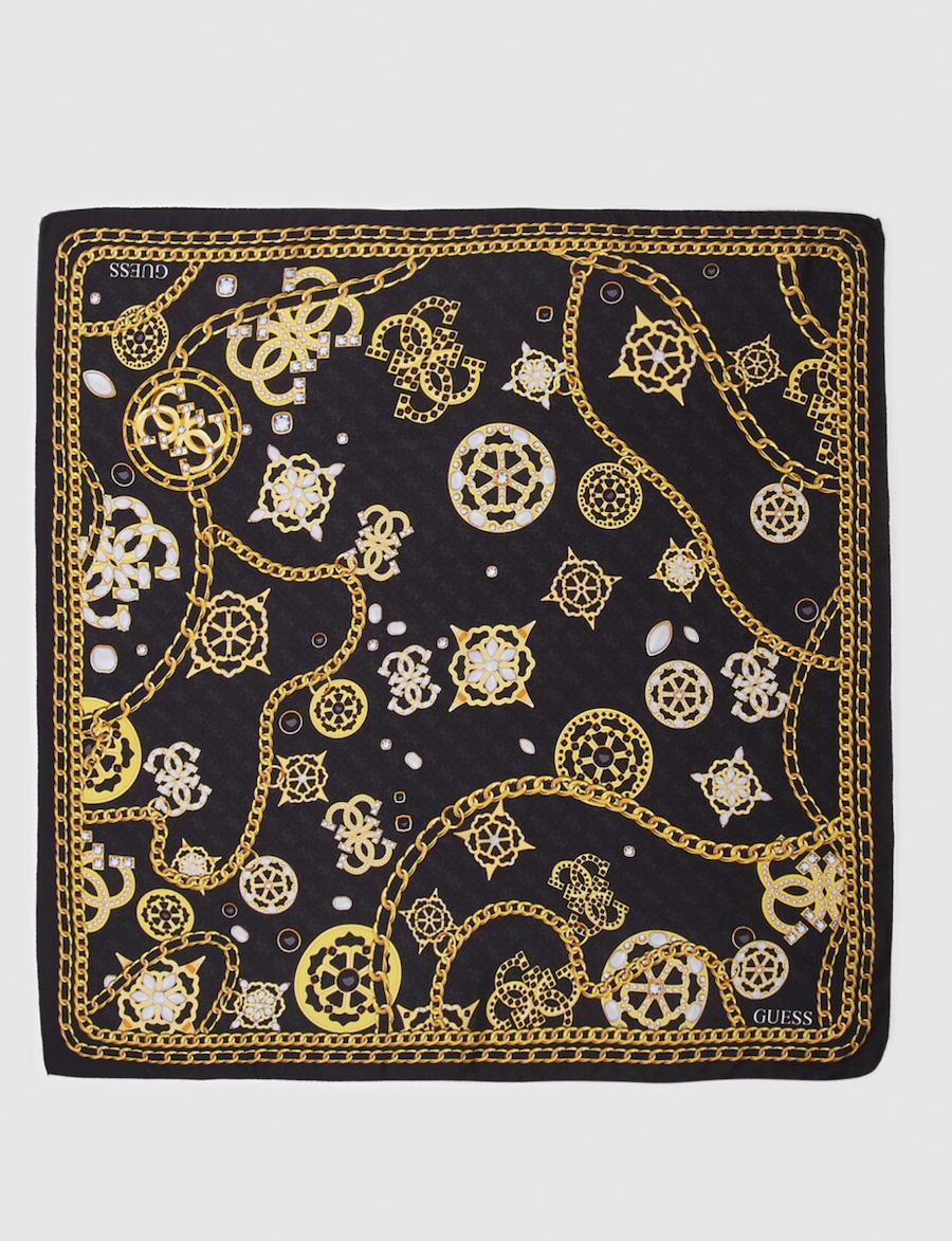 Pañuelo en negro Guess con estampado dorado