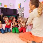 La escuela infantil, de tres a cinco años, será enseñanza obligatoria en Francia a partir del próximo curso