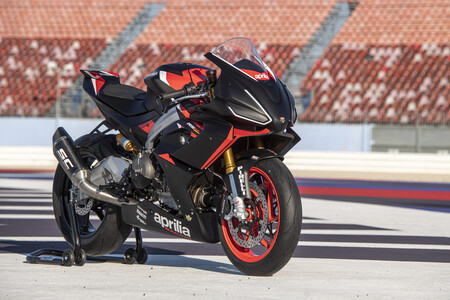 La Aprilia RS 660 Trofeo de circuito con 105 CV ya está a la venta para todos, por 14.700 euros
