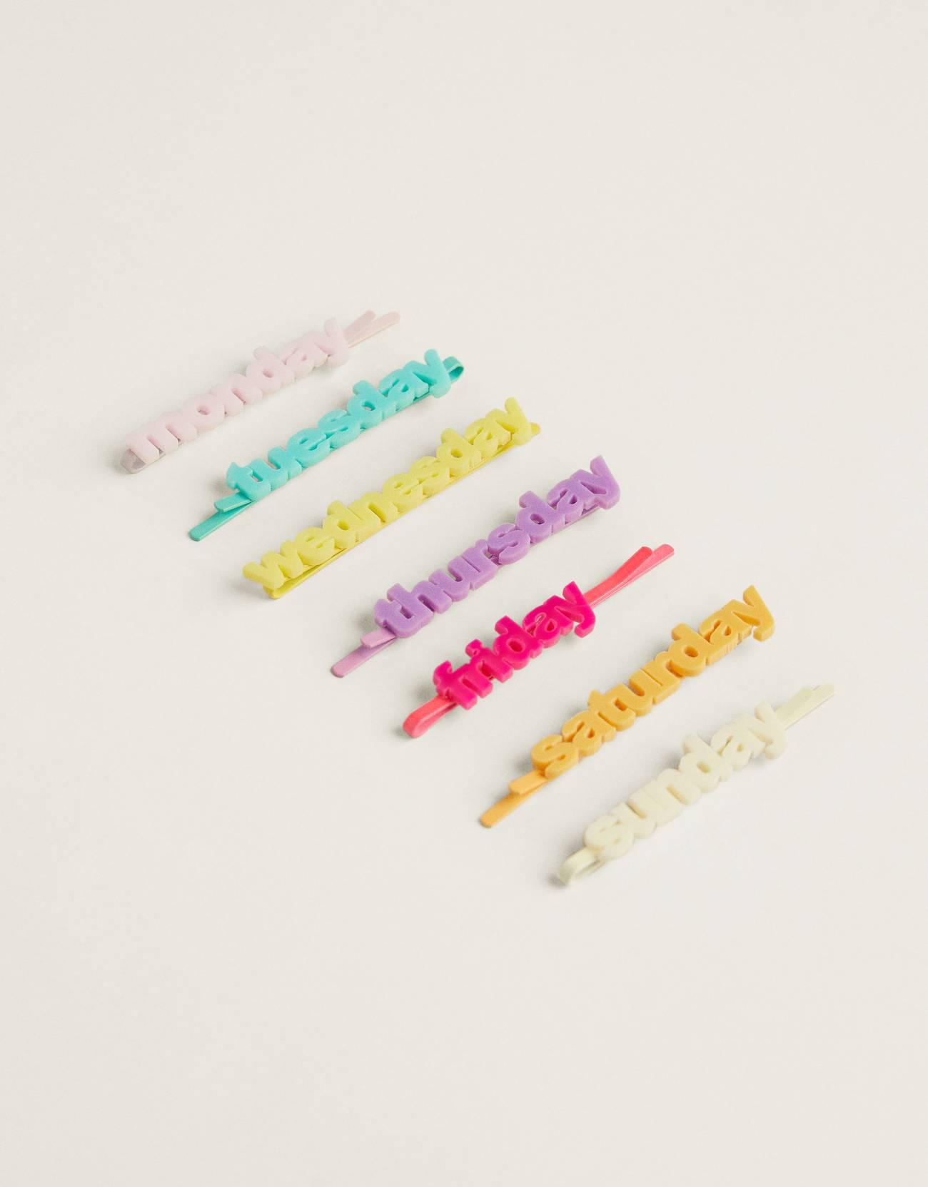 Pack de clips semanal multicolor.
