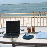Las vacacionesen la empresa, uno de cada tres trabajadores no pueden elegir fechas