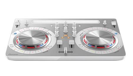 Pioneer WeGO3, la mesa para DJ se adapta a los tiempos de música por streaming