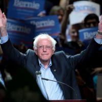 Quién es Bernie Sanders y por qué ha llegado tan lejos en las primarias demócratas