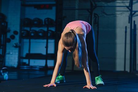 Todos los músculos que entrenas cuando haces burpees: cómo y cuándo están implicados durante el movimiento