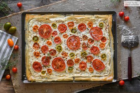 Tarta salada de queso ricotta y tomate