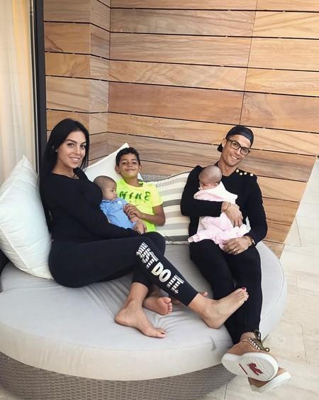 Cristiano Ronaldo y Georgina Rodríguez se convierten en padres... y felices los seis