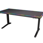 ¿Eres un usuario pro con los videojuegos? Pues quizás te interese esta mesa LED para gamers en tus largas sesiones de juego