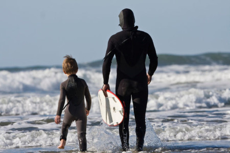 Si el padre se mueve sus hijos tendrán menos riesgo de ser sedentarios cuando crezcan