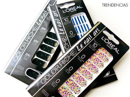 Luciendo nail art de quita y pon con los stickers Color Riche de L'Oréal, ¡los probamos!