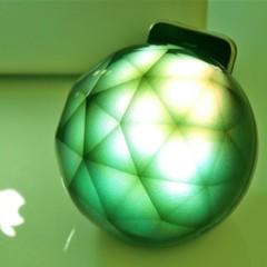 Foto 5 de 5 de la galería un-soporte-para-iphone-que-decora-con-luz-y-color en Decoesfera