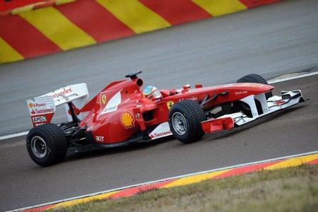 Las primeras imágenes en movimiento del nuevo Ferrari F150