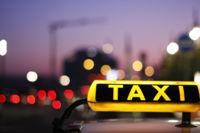 La caída del precio de las licencias de taxis, otra posible consecuencia de apps como Uber