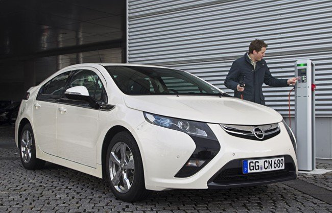 Opel-Ampera-recarga-650px