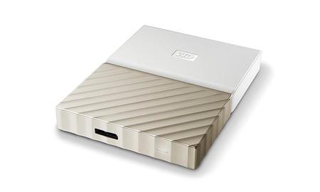 Hoy, en las ofertas de primavera de Amazon, el disco duro pportable My Passport Ultra de 3 TB nos sale por 30 euros menos
