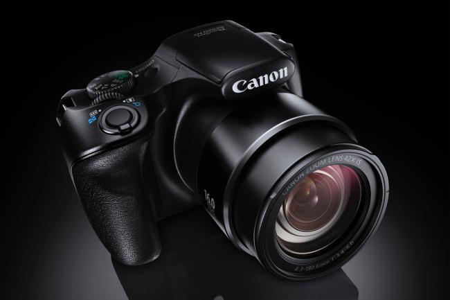 Foto de Canon PowerShot SX 520 HS y Canon Powershot SX400 IS (1/9)