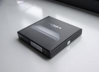 Fotografías con detalle de los accesorios del MacBook Air