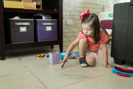 Esperamos demasiado de los niños, cuando lo que deberíamos hacer es cambiar nuestras expectativas acerca de la infancia