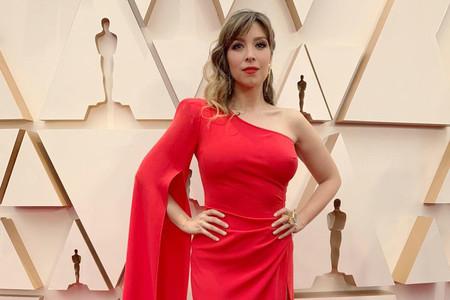 Gisela se viste de rojo en la red carpet de los Oscar 2020 antes de su esperada actuación