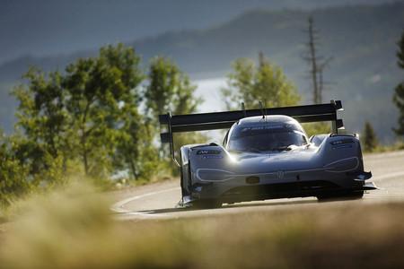 El Volkswagen IDR quiere destronar al NIO EP9 como el coche eléctrico más rápido de Nürburgring