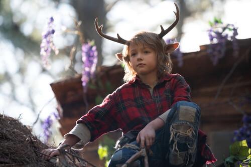 'Sweet Tooth: El niño ciervo': la serie de Netflix es un adorable cuento pospandémico de vocación familiar
