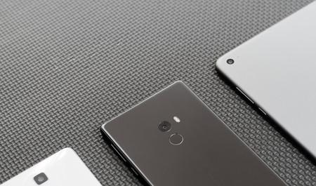 El Xiaomi Mi Mix 2 vendría en tres versiones, una de ellas con 8 GB de RAM, según GearBest