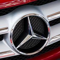 Daimler llama a revisión 688.000 coches en Europa que podrían estar manipulados, híbridos incluidos