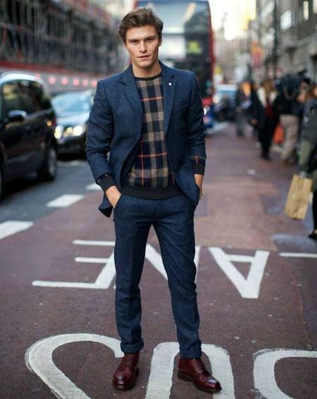Los Cuadros Invaden El Mejor Street Style De La Semana Este Otono Alrededor Del Mundo 13